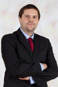 Rechtsanwalt Thomas Hummel unterstützt Sie bei einer Verfassungsbeschwerde wegen Verletzung des Rechts auf den gesetzlichen Richter.